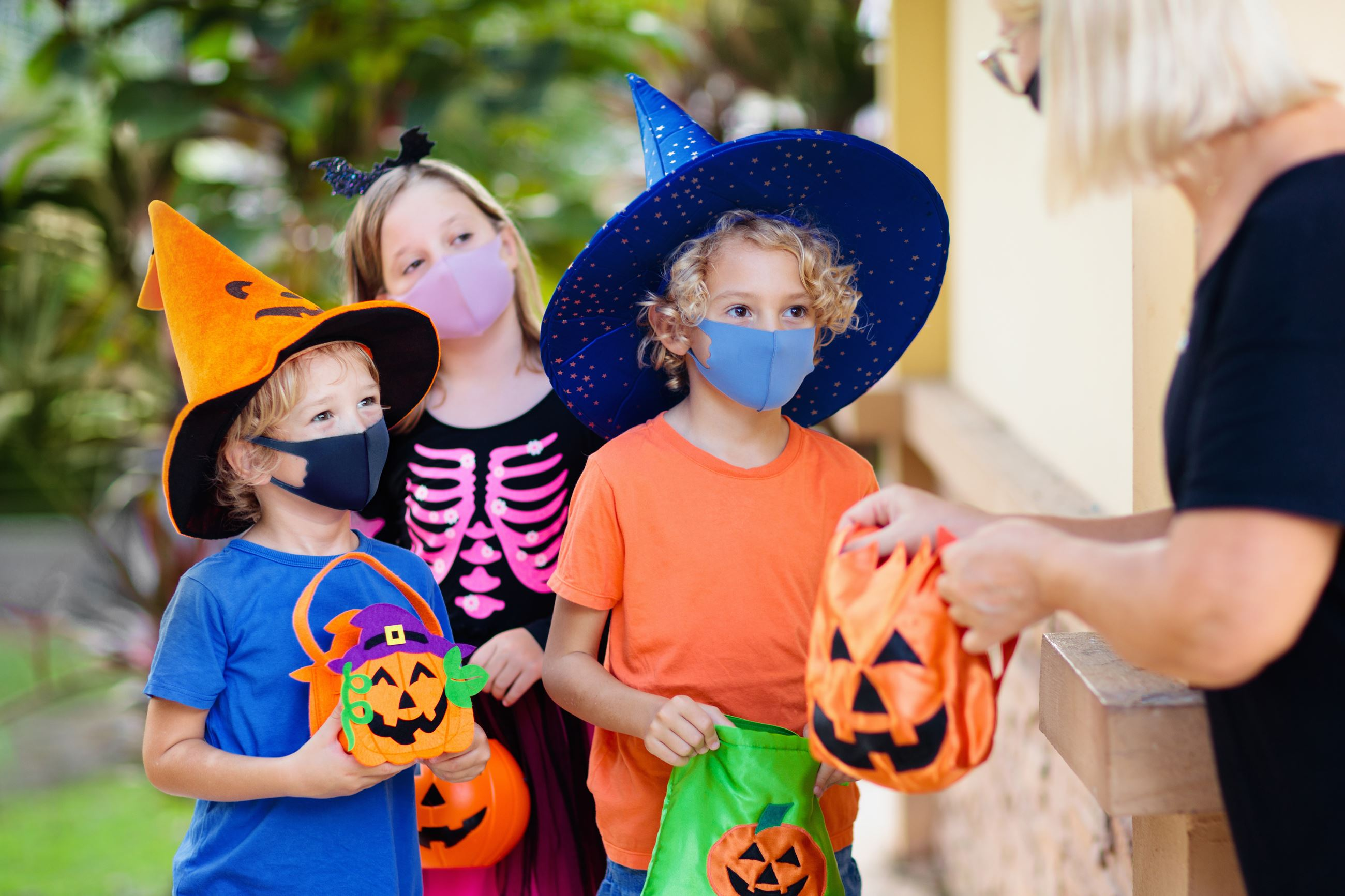 Trick-or-Treating With Masks
